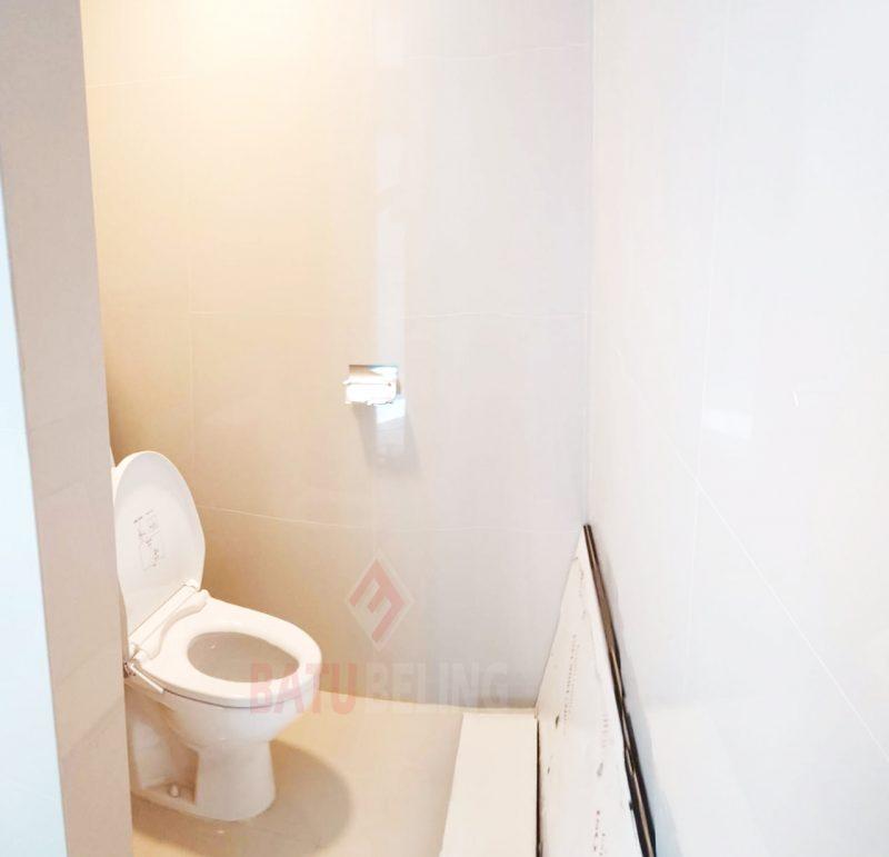 Cubicle Toilet BCA Jember